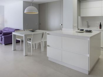 Apavisa Microcement white natural 60x60