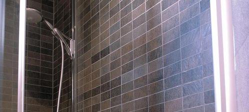 Apavisa Quartzstone Deco rosso estructurado mosaico 5x10 30x30
